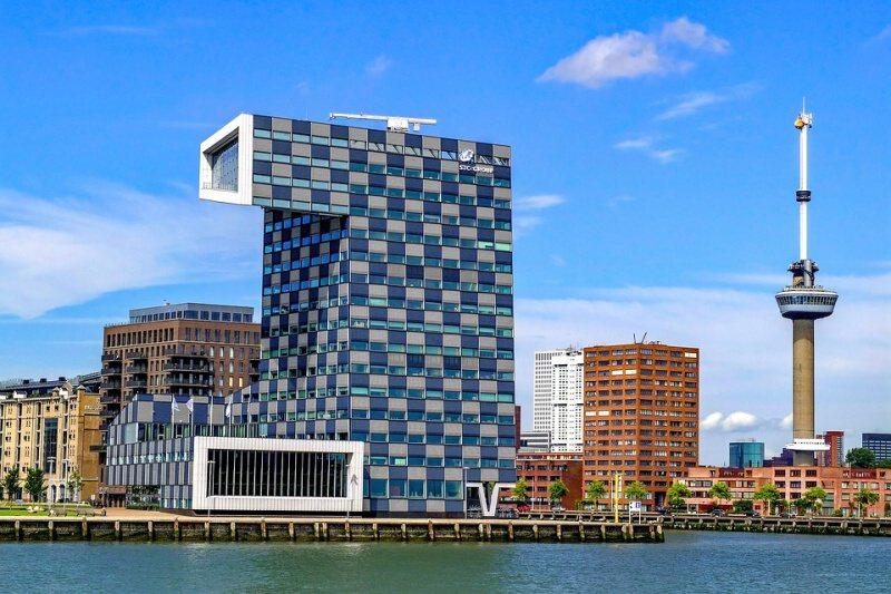 Euromast věž - Rotterdam Nizozemí