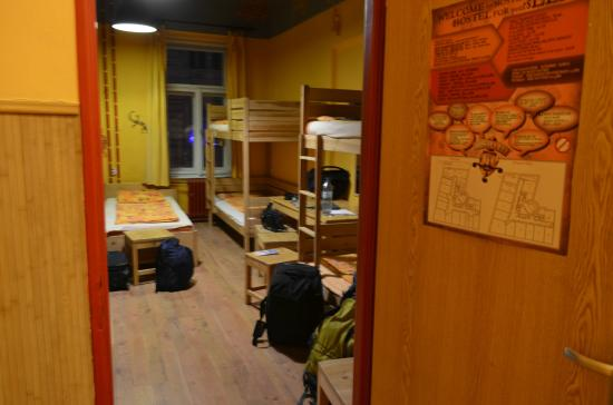 hostel elf praha 2