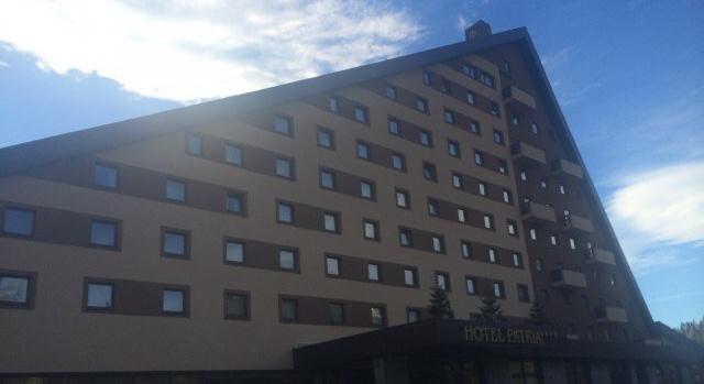 hotel patria štrbské pleso slovensko