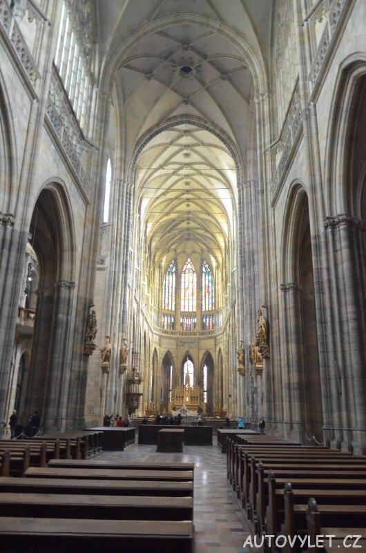 Katedrála svatého Víta je v Praha 5