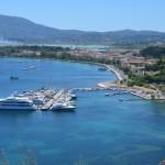 Hlavní město ostrova Korfu Kerkyra a pláž Glyfada