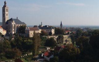 Kutná Hora - výhled na město z vyhlídky od chrámu sv. Barbory
