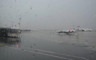 letiště burgas bulharsko v dešti