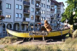 miedzyzdroje polsko dřevěná loď