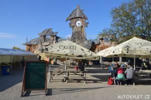 mirakulum milovice zábavní park - restaurace