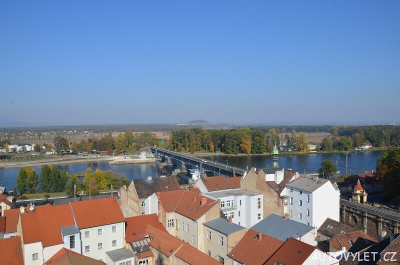 Most v Roudnici nad Labem