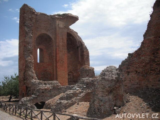 Museo e Parco Archeologico Nazionale di Scolacium v Itálii