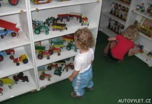 muzeum hraček kašperské hory 2