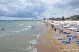 Písečná pláž Sunny beach Bulharsko