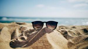 pláž brýle