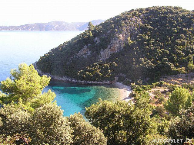 Pláž na severu - ostrov Korčula Chorvatsko