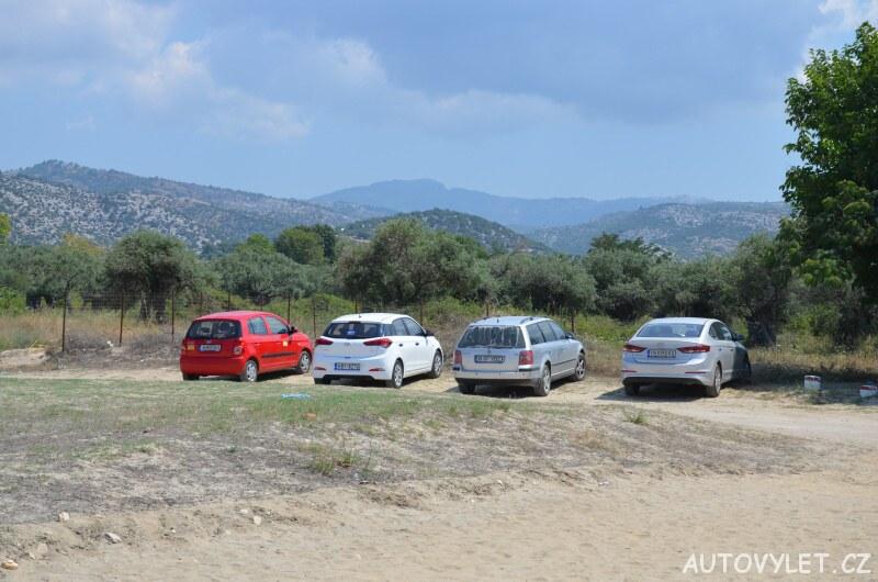 Pláž Potos Thassos Řecko parkoviště