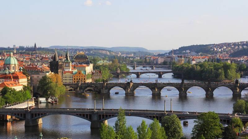 praha mosty vltava