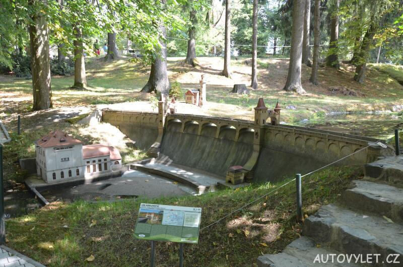 Přehrada Les Království - Boheminium Park Mariánské Lázně