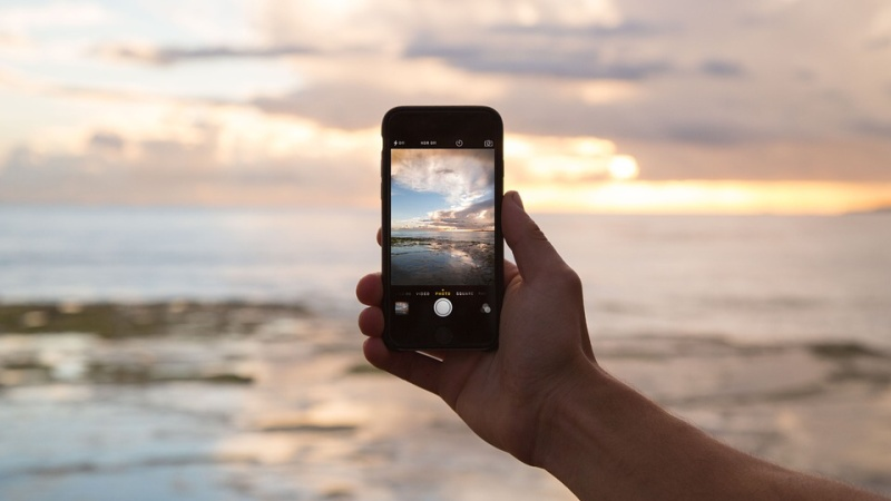 roaming telefon pláž