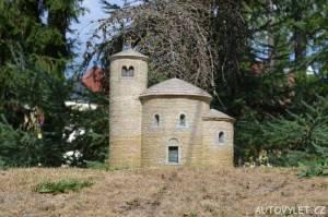 Rotunda na Řípu - Boheminium Park Mariánské Lázně