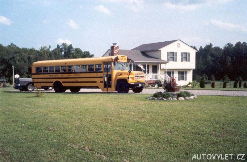 Školní autobus - USA