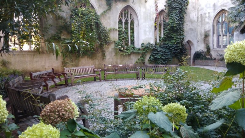 St. Dunstan in the East Church Garden (Londýn, Anglie)