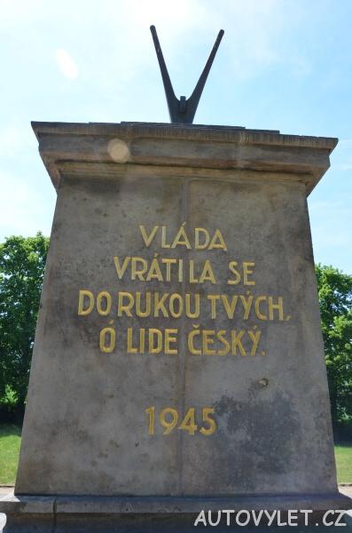 Pomník Přemysla Oráče - Stadice 2