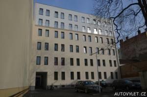 Suite with private parking - levné ubytování v Brně 9