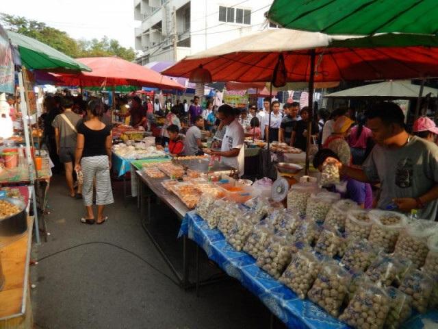 Ranní trh - Thajsko