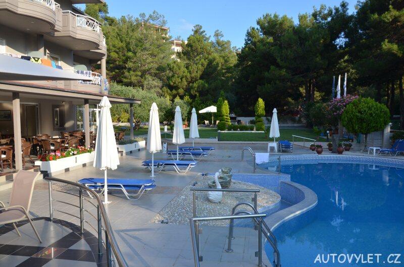 Green Bay Hotel Thassos Řecko - bazén 2