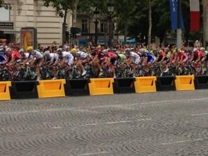 Tour de France v ulicích Paříže 3