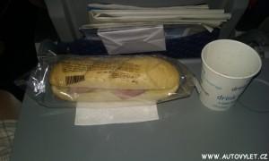 travel service bageta šunková a cola