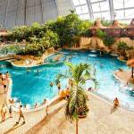 Tropical Islands je aquapark v Německu u Berlína