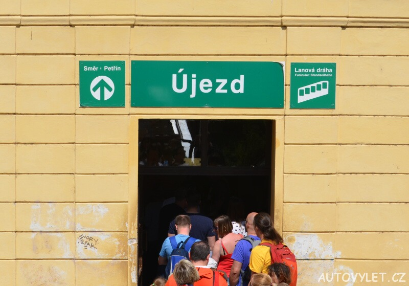 Újezd stanice Praha - Petřín