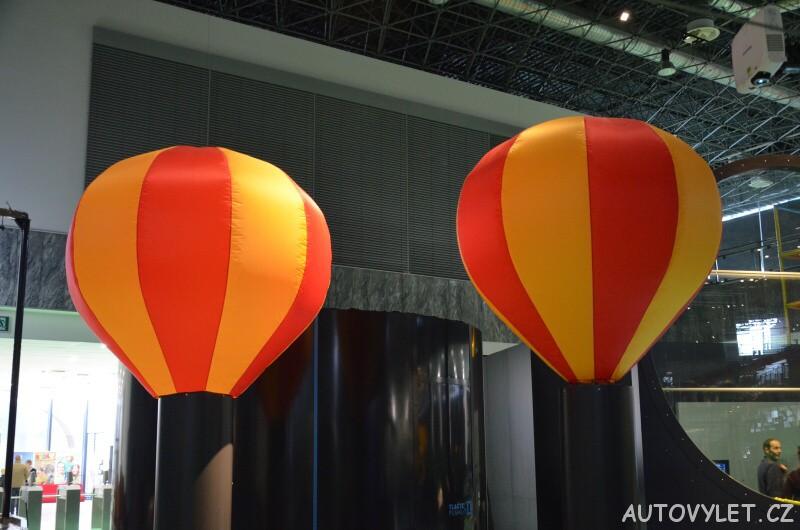 Vida science centrum Brno vědecký zábavní park - balony