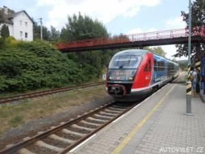 Vlak v Dolní Poustevně směr Děčín