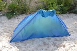 Zavřený plážový stan - pláž Miedzywodzie Polsko