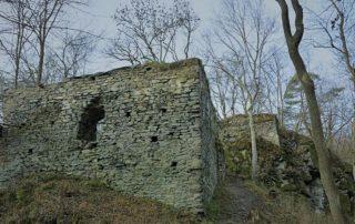 Zřícenina hradu Jenčov