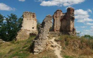 Zřícenina hradu Zvířetice - Bakov nad Jizerou